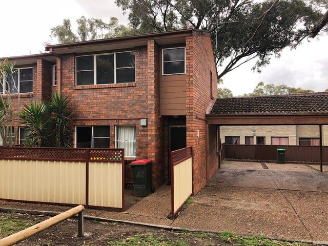 1/8 Lobelia Close, Metford, NSW 2323
