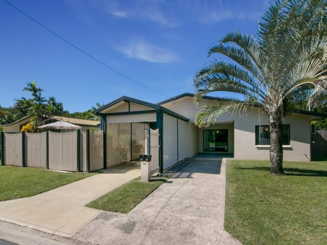 2/15 Connemara Close, Trinity Beach, Qld 4879