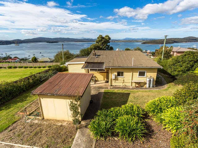 9 Clarke Street, Beauty Point, Tas 7270