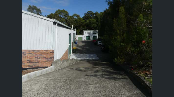 1a/1b Trades Court Forster NSW 2428 - Image 4