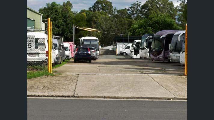 28 Elliott Court Hillcrest QLD 4118 - Image 2