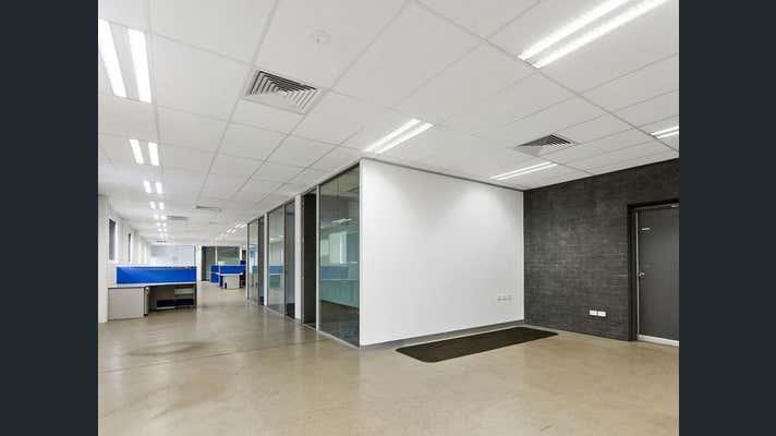 29 Glastonbury Avenue Unanderra NSW 2526 - Image 2