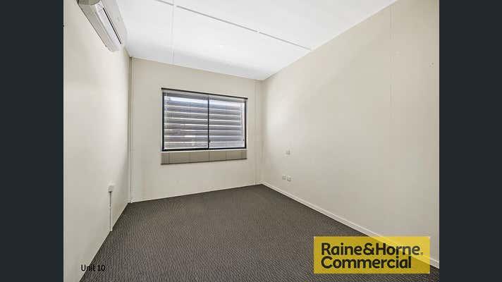 9 & 10/22-32 Robson Street Clontarf QLD 4019 - Image 9