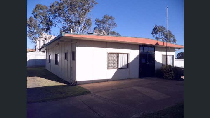 4 Mary Street Kingaroy QLD 4610 - Image 2