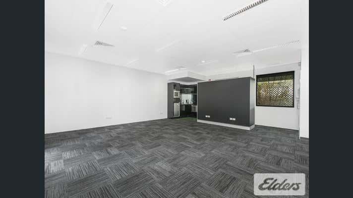 21/76 Doggett Street Newstead QLD 4006 - Image 2