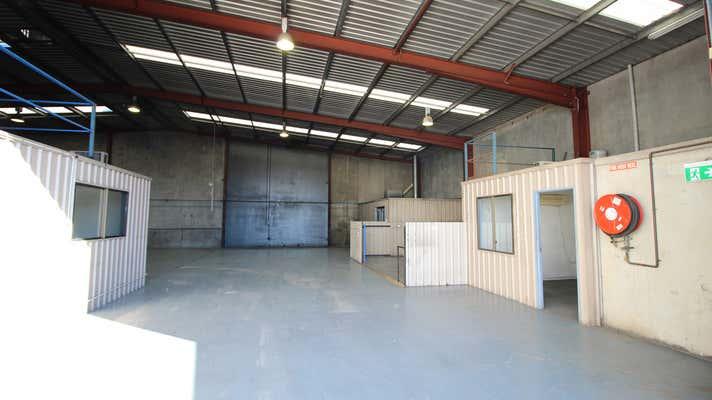 4/398 Taylor Street Glenvale QLD 4350 - Image 2