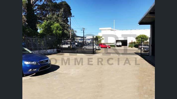 Rear Building, 20 Roger Street Brookvale NSW 2100 - Image 4