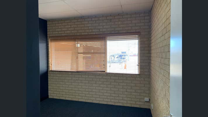 8 Rous Head Road Fremantle WA 6160 - Image 11