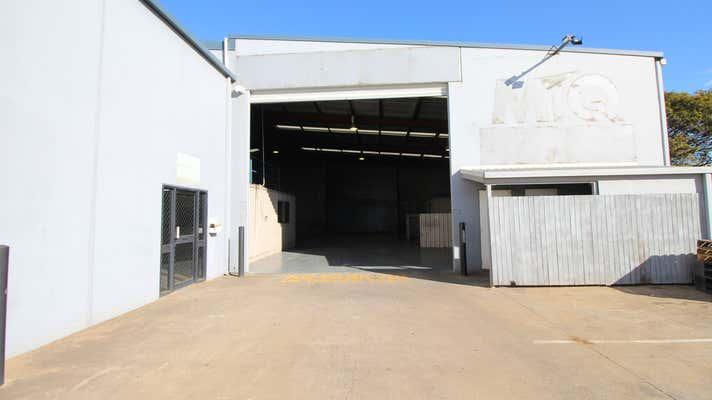 4/398 Taylor Street Glenvale QLD 4350 - Image 1