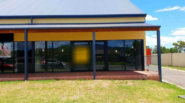 10 Campbell Road Tamworth NSW 2340 - Image 2