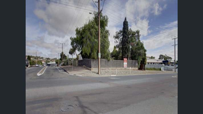 34 Mortlock Terrace Port Lincoln SA 5606 - Image 2