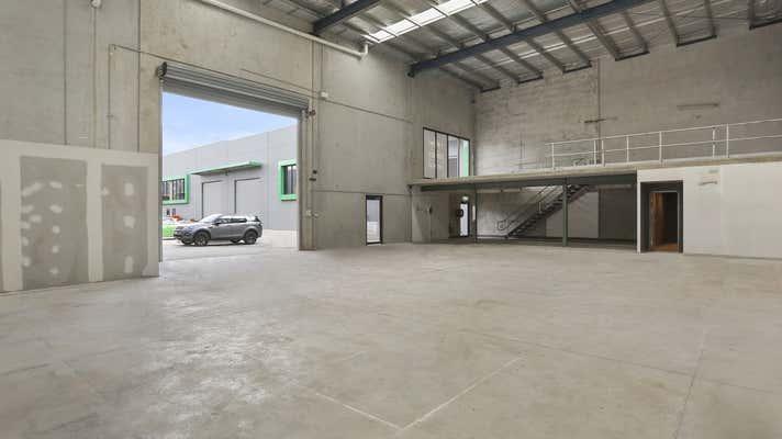 8/23-25 Bluett Drive Smeaton Grange NSW 2567 - Image 1