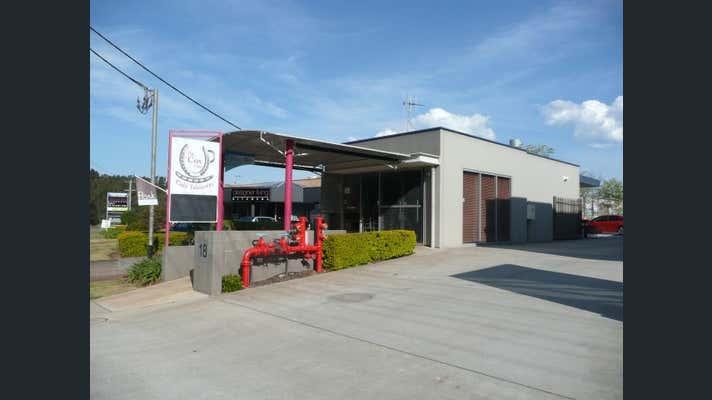 Unit 1, 18 Acacia Avenue Port Macquarie NSW 2444 - Image 2