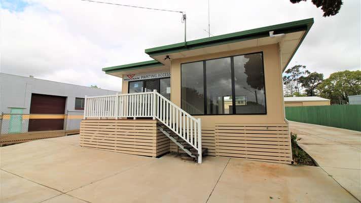 33 Brook Street North Toowoomba QLD 4350 - Image 14