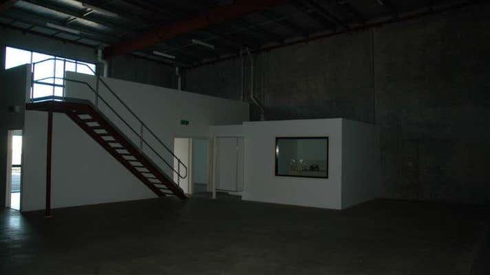 1/5 Inglis Court Bundaberg West QLD 4670 - Image 4