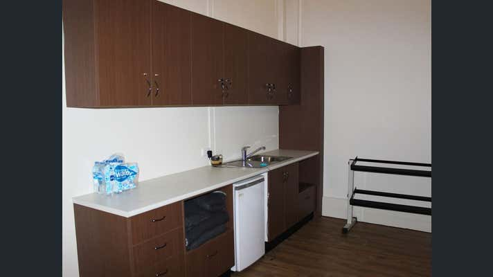 Suite 2, 353 Ruthven Street Toowoomba City QLD 4350 - Image 3