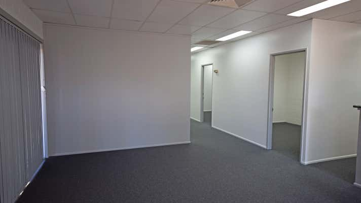 4 Bowen Street Toowoomba City QLD 4350 - Image 9