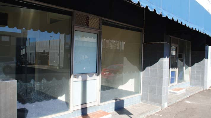12 Russell Street - Suite 10 Toowoomba City QLD 4350 - Image 2