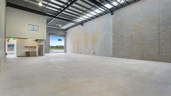 1/1 Gliderway Street Bundamba QLD 4304 - Image 2