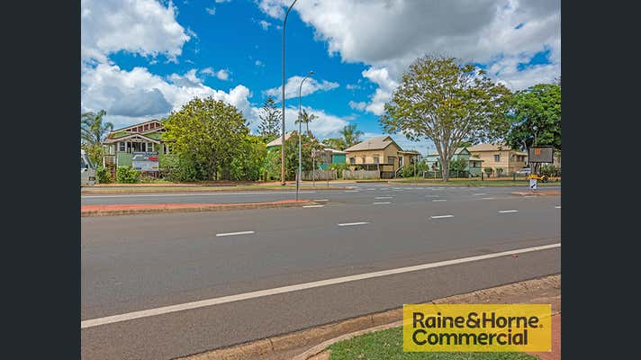 99-105 Churchill Street Childers QLD 4660 - Image 2