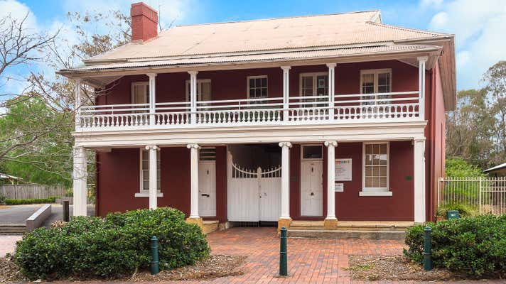 298 Queen St Campbelltown NSW 2560 - Image 1