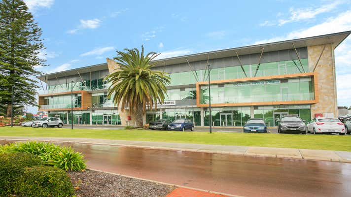 2 Queensgate Drive Canning Vale WA 6155 - Image 2
