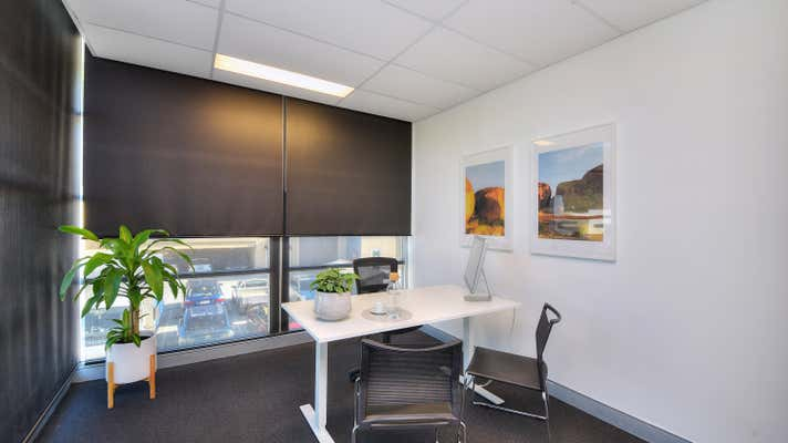 Unit 11, 76 Township Drive Burleigh Heads QLD 4220 - Image 2