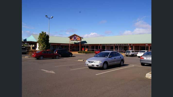 Shop 11b, 462 West Street Kearneys Spring QLD 4350 - Image 1