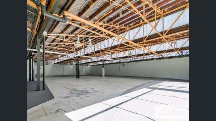 25 Doggett Street Newstead QLD 4006 - Image 3