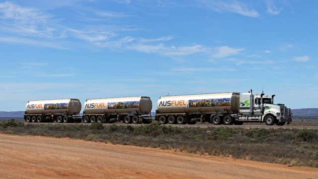 Lot 40 & 4 Old Tarcoola Road Port Augusta West SA 5700 - Image 2