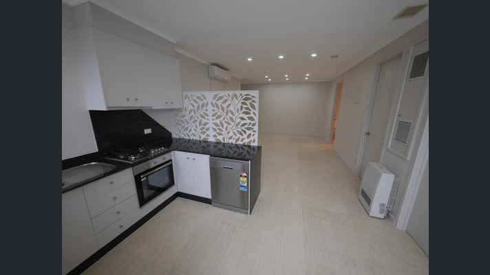 Suite 8, 921-927 HIGH STREET Armadale VIC 3143 - Image 1