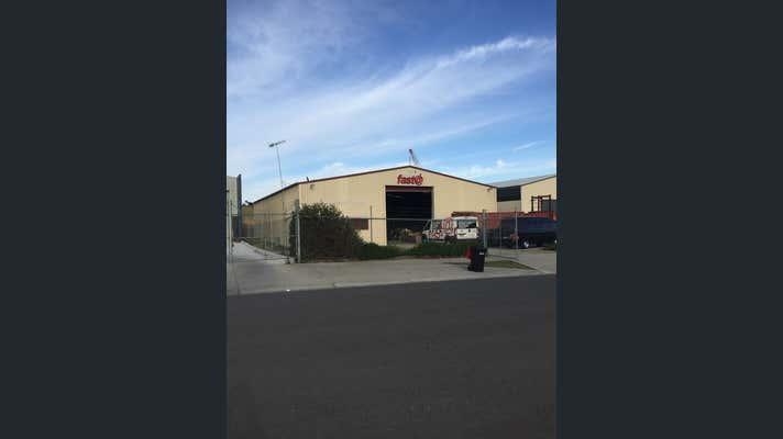 19 Glanville Drive Kilmore VIC 3764 - Image 7