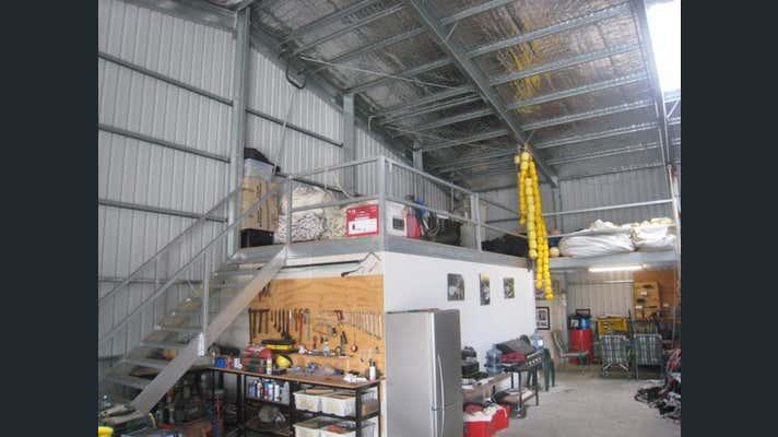 1/17 Thomas Court Port Lincoln SA 5606 - Image 2