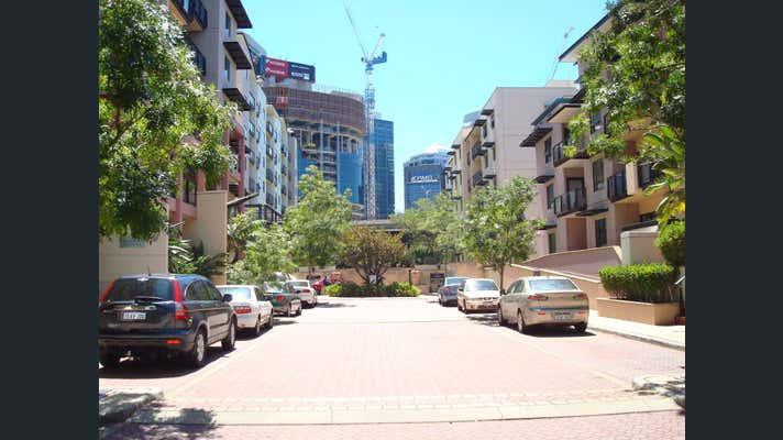 Credenza Perth Wa : 13 116 mounts bay road perth wa 6000 leased offices