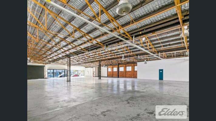 25 Doggett Street Newstead QLD 4006 - Image 2