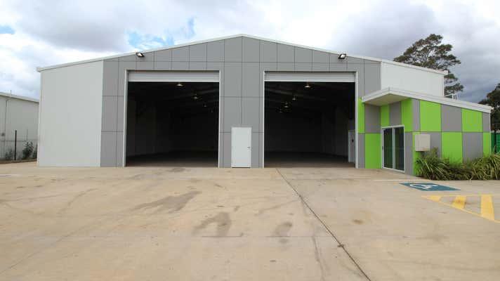 27 Croft Crescent Harristown QLD 4350 - Image 1