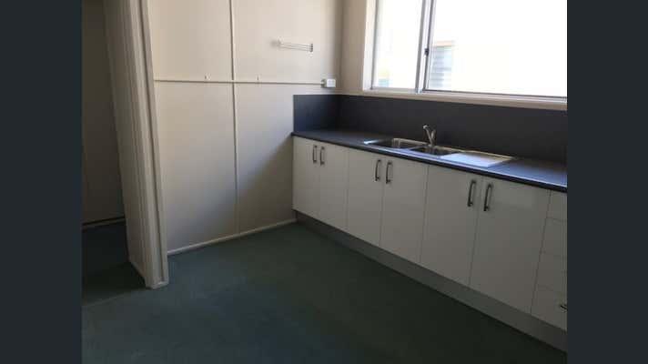 2/43 Sydney Street Mackay QLD 4740 - Image 7