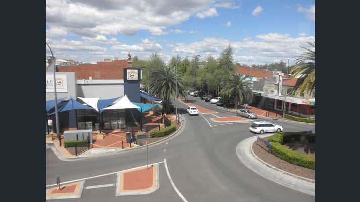 12A Top Floor Bourke Street Tamworth NSW 2340 - Image 2