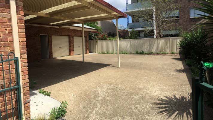 25 Iolanthe St Campbelltown NSW 2560 - Image 2