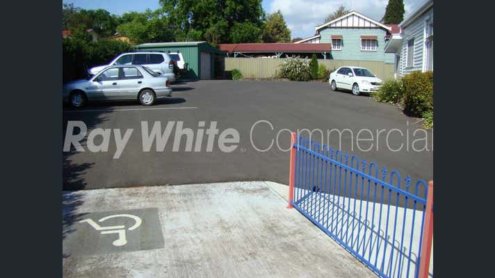 180 Ruthven Street North Toowoomba QLD 4350 - Image 2