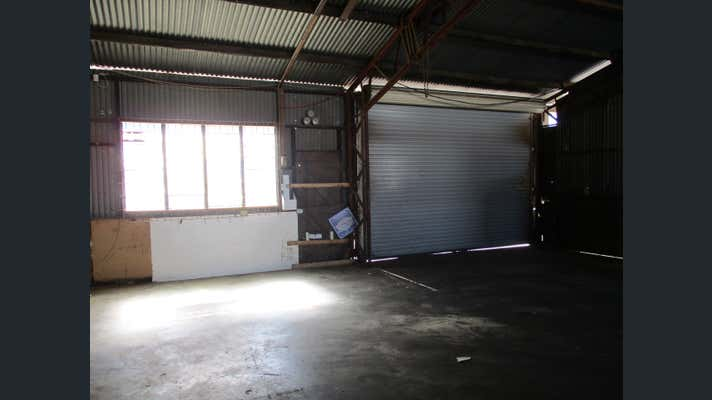 Unit 3/15 Logan River Road Beenleigh QLD 4207 - Image 3
