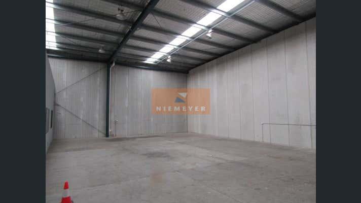 28 Skinner Avenue Riverwood NSW 2210 - Image 2