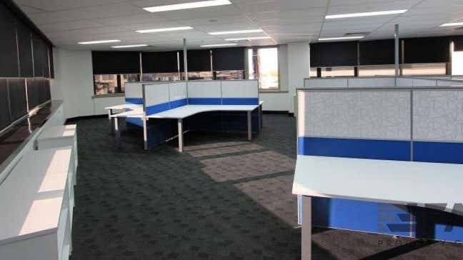 Suite  302, 67 Astor Terrace Spring Hill QLD 4000 - Image 2