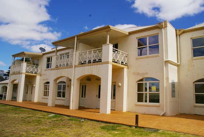 Suite 12, 25 Isabel Street Toowoomba City QLD 4350 - Image 1