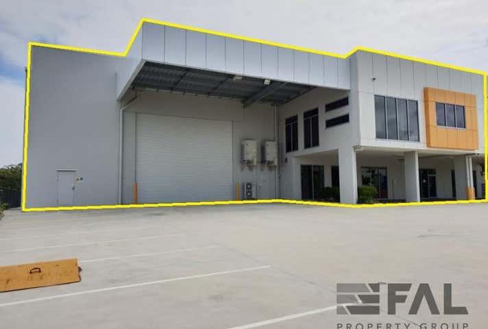 Unit  2, 90 Southlink Street Parkinson QLD 4115 - Image 1