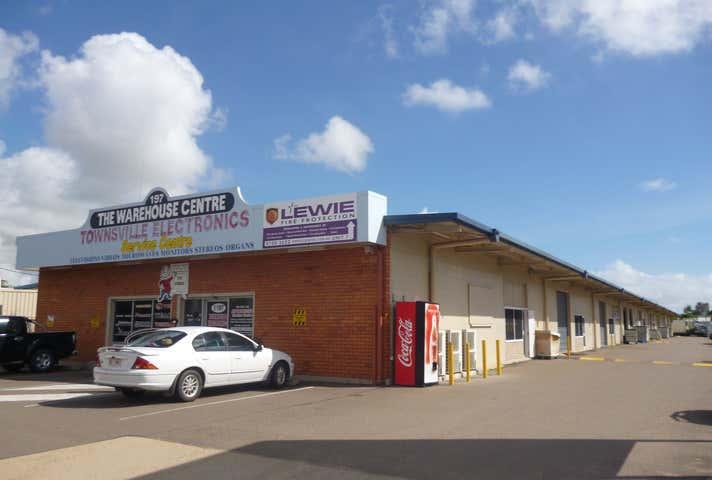 2/197 Ingham Road West End QLD 4810 - Image 1