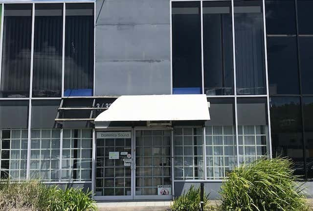 Rent solar panels at 3/33 Central Drive Burleigh Heads, QLD 4220