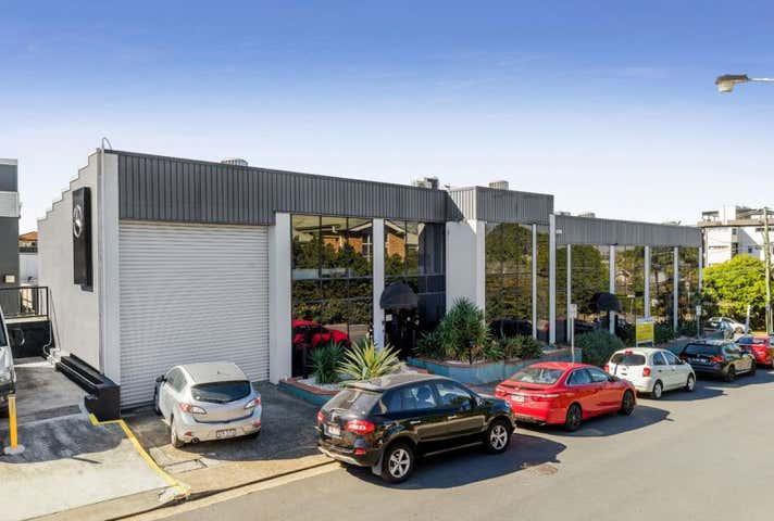 4 Cartwright St Windsor QLD 4030 - Image 1