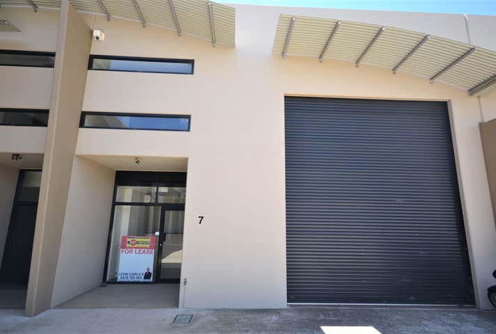 Office 1, 7/11-15 Gardner Court Wilsonton QLD 4350 - Image 1