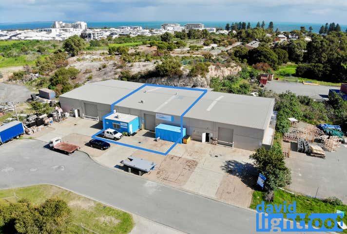 2/6 Brockman Place South Fremantle WA 6162 - Image 1